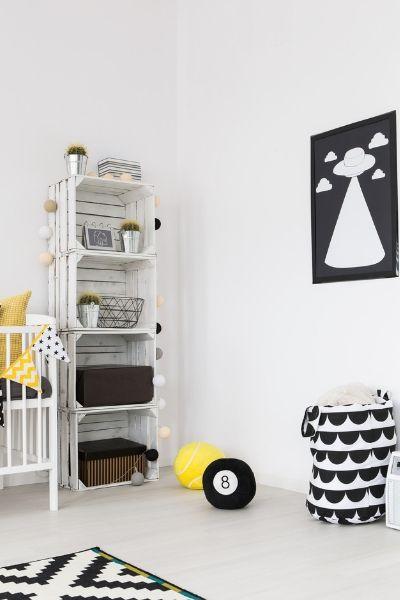 Black and white theme nursery idea