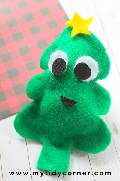 DIY no sew felt Christmas tree decoration