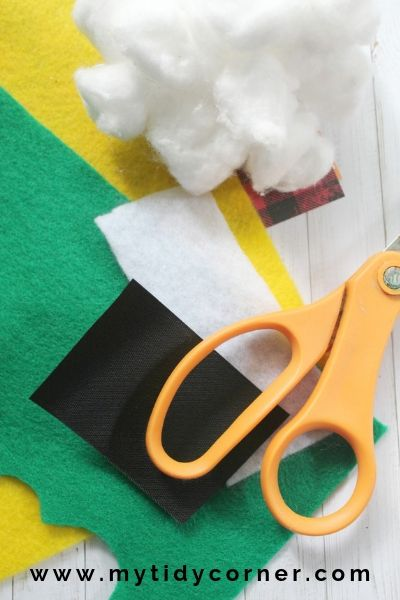 What you need to make no sew felt ornament