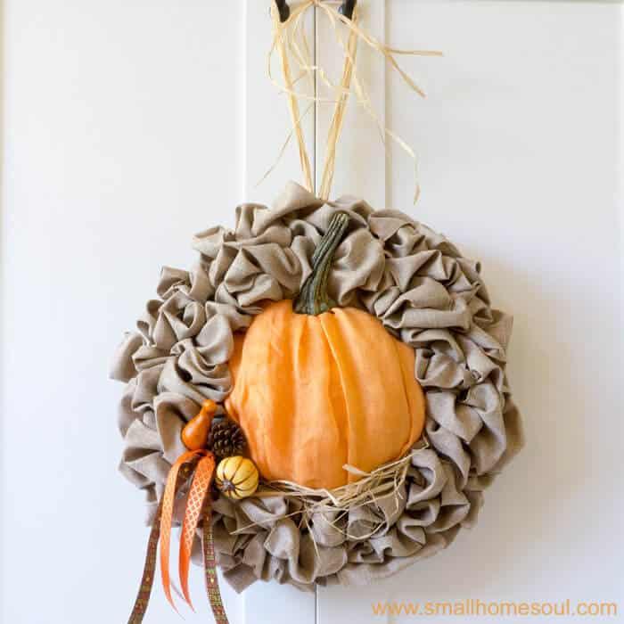 Easy Fall Decor Update for a Seasonal Wreath – Pumpkin Wreath