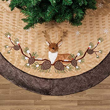 Woodland Christmas Tree Skirt with 3D Reindeer and Faux Fur Trim Border