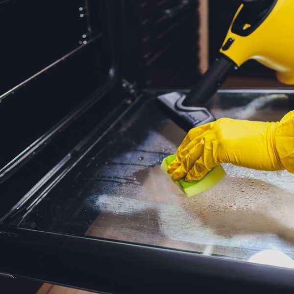 How to steam clean your oven